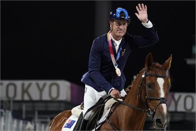 東奧最強馬術阿伯!62歲霍伊奪1銀1銅 還想拚2032奧運