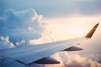 航空旅行受限 國際航運協會:2023年可望恢復疫情前水準