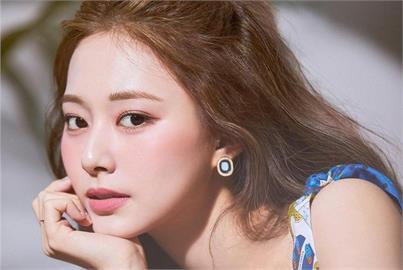 TWICE總動員慶出道6週年 周子瑜變身「俏麗小廚娘」甜笑嗨翻粉!