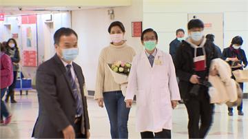 鍾沛君零期肺腺癌手術出院「騙女兒去抓蟲」哽咽迎重生