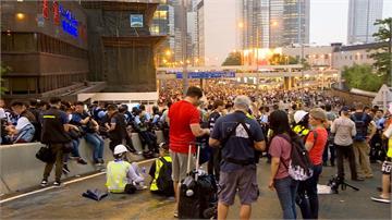 反送中/流血衝突不斷!香港立法會宣布今日取消《逃犯條例》二讀