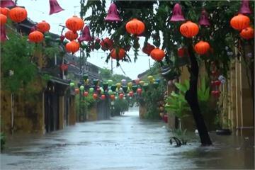 丹瑞颱風襲越南 世界遺產會安古鎮泡水