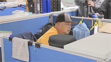快新聞/「小飛機」降落了! 前職棒球星陳冠任轉任北市府技工:「球來就打」盡力做好工作