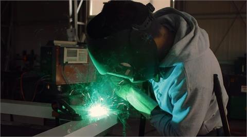 鋼鐵旺季到 中鴻調漲內外銷盤價
