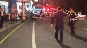 快新聞/基隆發生嚴重車禍! 公車司機疑心臟病發 沿路撞擊多台機車多人受傷