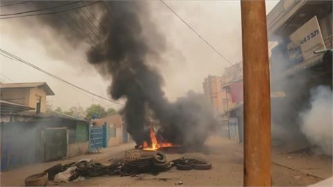 緬甸軍鎮壓空襲 克倫族徒步逃泰國控遭遣返