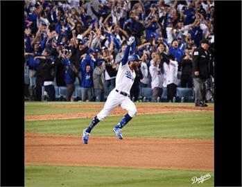 MLB/泰勒神來一棒再見轟 國聯外卡戰道奇勝出