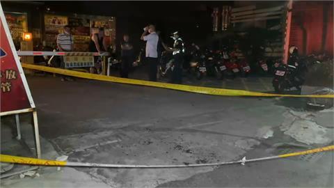 保齡球館前喬債 男遭友人開槍手部中彈