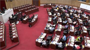 高雄議會綠營提案失敗!黨團質詢仍維持10分鐘