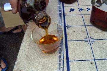 紅茶籽也能榨油?!  30公斤只能榨1斤