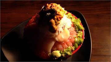 多到滿出來!生魚片、海膽疊18公分高生魚片丼