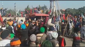 印度「新農民法」恐圖利大公司 數千農民示威
