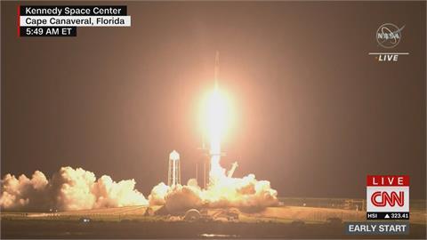 SpaceX「獵鷹9號」搭載飛龍號太空船 順利升空