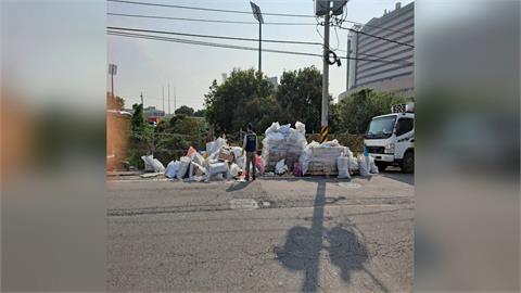 一袋百元幫收廢棄物 非法業者收貨隨便丟