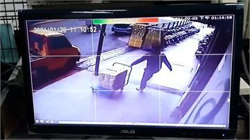 惡鄰威脅管理員還偷書 回收場拒收也被騷擾