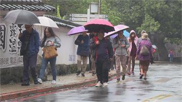 快新聞/東北風增強北台灣有局部陣雨 「昌鴻」颱風將北轉日本襲台機會降