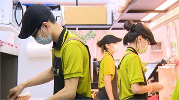 年輕人自己做主 疫情期間工作難找收入不穩 轉行當起老闆 早午餐加盟者 2020年年齡降至20-29歲