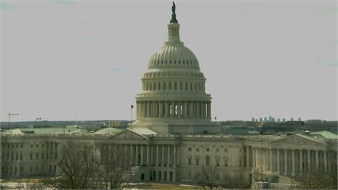 拜登就任後首場重大立法勝利美參院通過1.9兆美元紓困法案