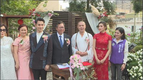 藝人曾子益跨國婚禮 娶回香港美嬌妻!愛情長跑克服遠距離 鄭文燦親臨見證