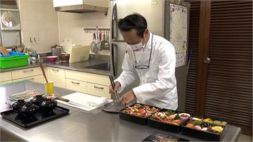 日本駐台代表泉裕泰在台灣過農曆年 嘗試包餃子、刮彩券