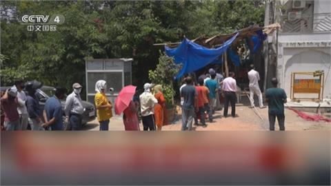 崩潰邊緣的印度!單日逾41萬確診 第三波疫情又將起