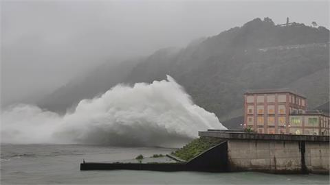 豐沛雨量「石門水庫」蓄水率逼近100% 加速水力發電年底有望達標
