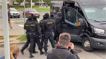 白俄總統盧卡申科秘密就職 全國抗議要求下台