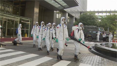 華航機師確診續燒 環保局、國軍加強園區消毒