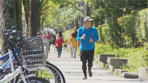 春夏交替猛打噴嚏!醫師:飲食、運動降低過敏