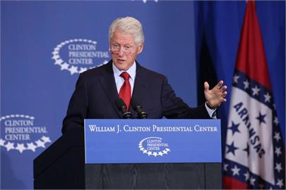 快新聞/美國前總統柯林頓因感染引發敗血症住院 拜登致電關心