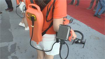東森雙截式割草機「小容量」電池輕巧好收納