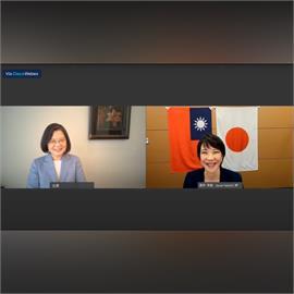快新聞/台灣總統首次跟自民黨總裁候選人對話! 安倍晉三轉發:世界在關注