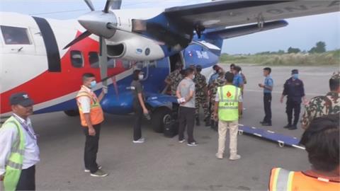 尼泊爾西北部山區巴士墜崖 至少28死10多人受傷