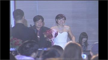 米可白深夜臉書宣告離婚 結束與尾牙大王夫6年婚姻