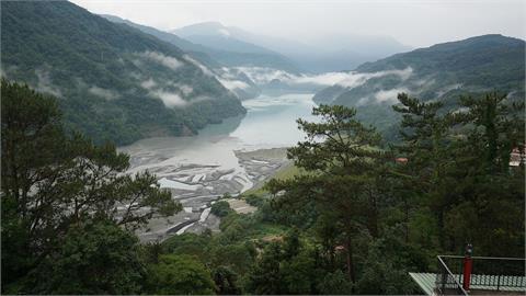 霧社水庫好渴!蓄水量僅剩3.4% 水位再降1公尺將無法發電
