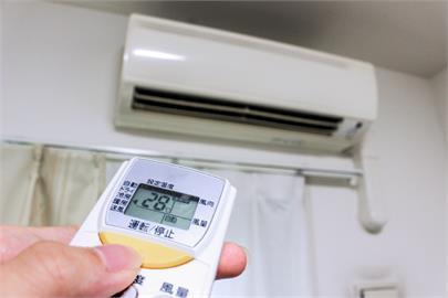 夏天不開冷氣也能涼爽!房產專家曝「5降溫妙招」:很蠢但有效