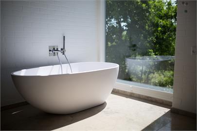 民眾看預售屋發現都沒浴缸 房產代銷曝改用「乾濕分離」主因
