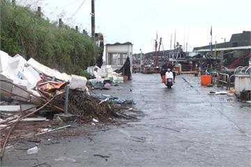 宜蘭大溪漁港部分攤位搬移  攤販盼製路標