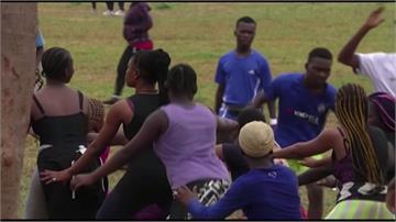 奈及利亞解封太興奮?民眾擠上街群聚運動:我們有做防疫