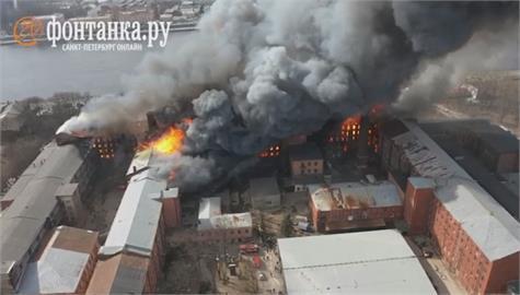 聖彼得堡古蹟失火 俄消防員一死兩傷