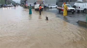 豪雨狂炸南台灣 氣象局:週四雨勢將更猛烈