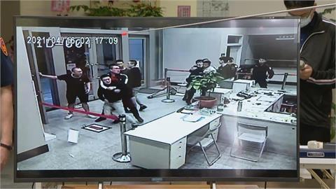 快新聞/「松山分局之亂」調查報告出爐 前分局長等8警有責任