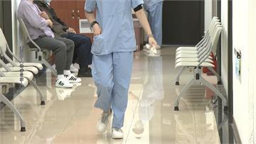 誠實的代價!? 護理師曝被要求採檢 竟被扣半薪還得自付採檢費