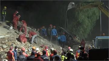 奇蹟!土耳其7.0強震 3歲女孩受困62小時獲救