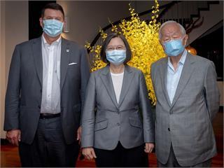 快新聞/宴請柯拉克訪團張忠謀成亮點 蔡英文:讓世界可以更了解台灣的情況