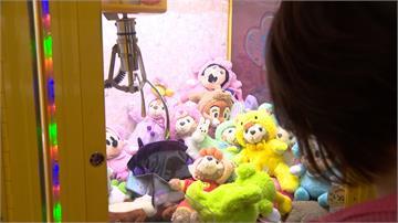 娃娃機佔領逢甲夜市!學生「這樣做」諷刺一窩蜂