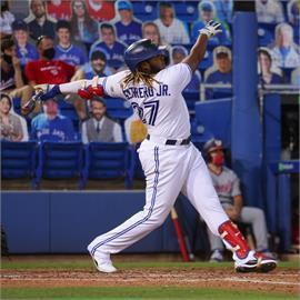 MLB/小葛雷諾單場三響砲7打點 藍鳥9比5擊退國民