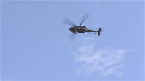漢光演習預演戰機起降屏東機場 軍事迷一早跑道端搶拍