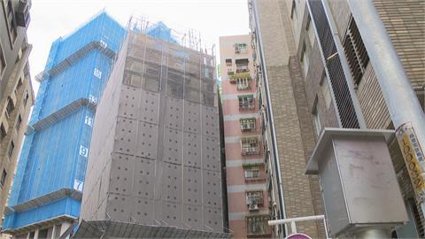 棟距只剩30公分! 新建案大樓緊鄰隔壁華廈