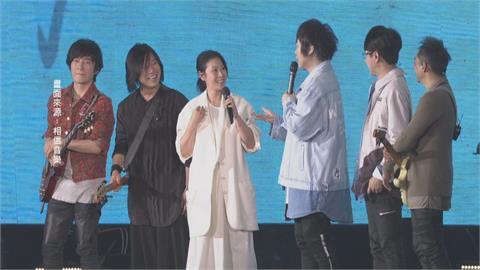 五月天台南開唱 「奶茶」劉若英當嘉賓